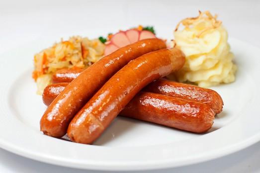 Особенности приготовления баварских колбасок
