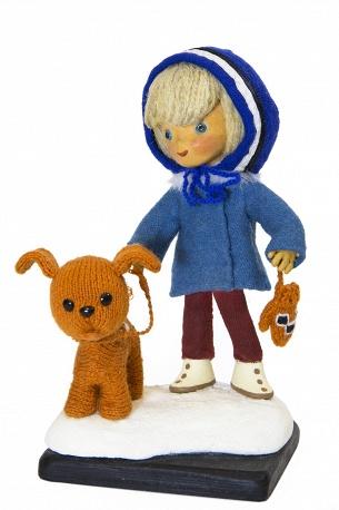 Куклы известных героев советских мультфильмов.