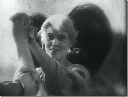 Любовь Орлова: Лопни, а держи фасон!