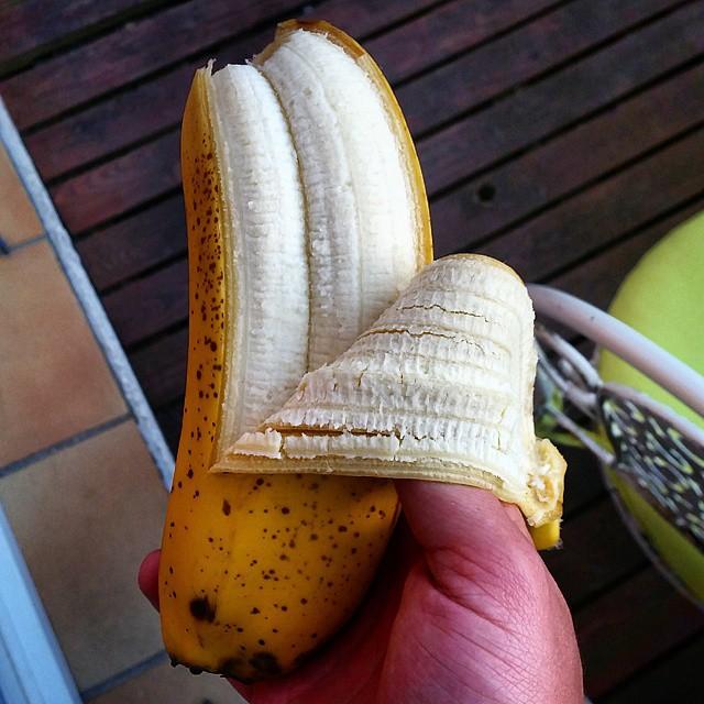 Два в одном бананы, лимоны, овощи, фрукты, яблоки, ягоды