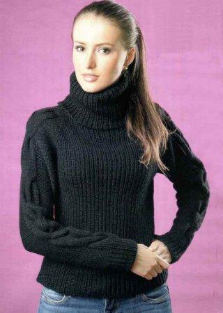 Черный свитер с косами
