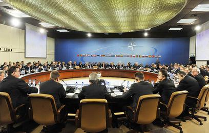 НАТО до конца года создаст новые штабы в Восточной Европе