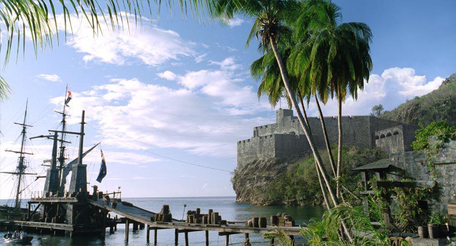 «Пираты Карибского моря» как коллекция исторических косяков