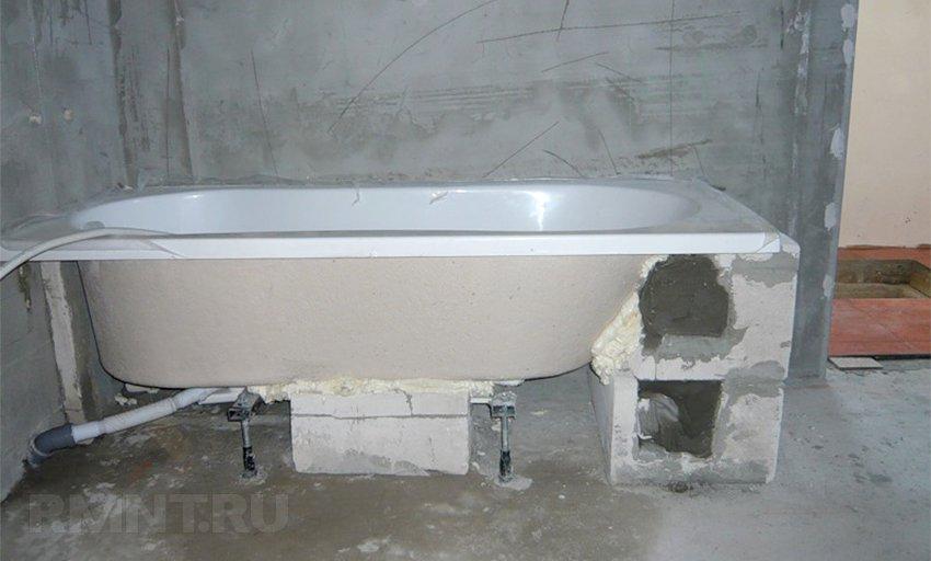Установка стальной ванной своими руками