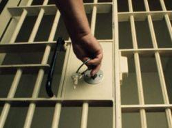 Квартира попала под арест. Верховный суд разъяснил, что можно делать с единственным жильем должника