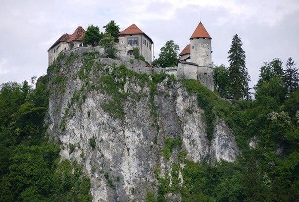 Cтарейший замок Европы