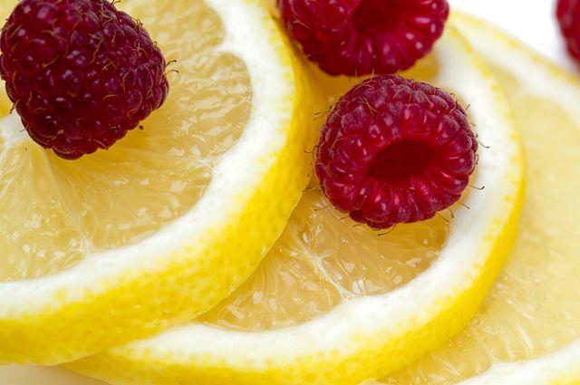 Лимон и малина помогут противостоять простуде