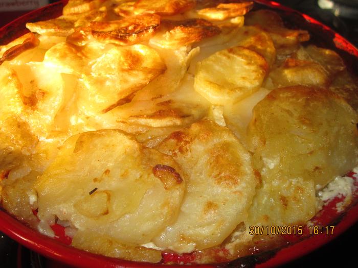 Картошка с мясом в духовке слоями рецепт с пошагово в духовке