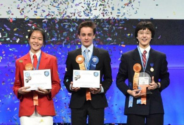 Российский 11-классник Данил Фиалковский заслужил «Малую нобелевскую премию»