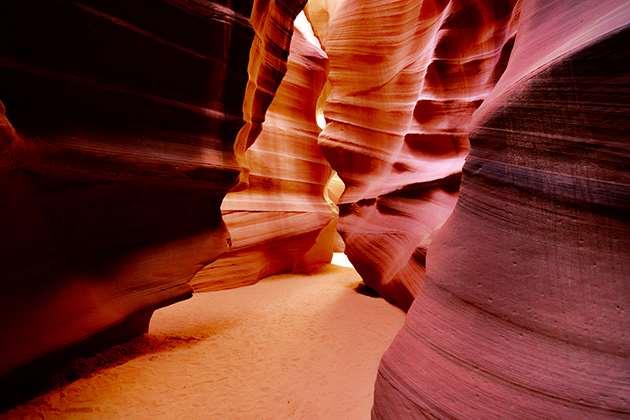 Самые глубокие и красивые пещеры мира