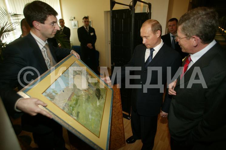 10 лет назад глава Минкомсвязи врал Путину, что его ведомство восстановит Шуховскую башню.