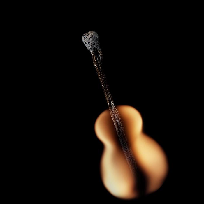 Удивительные манипуляции со спичками… (25 фото)