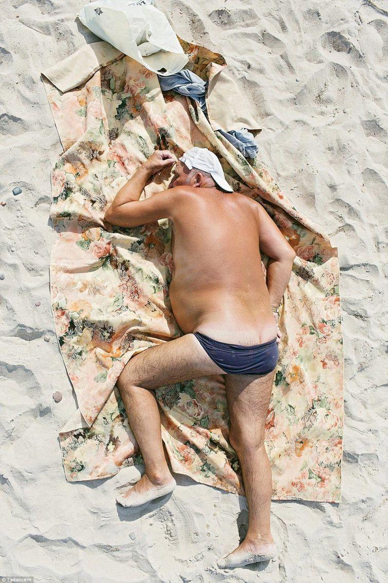 Скрытые фото на пляже 2 фотография