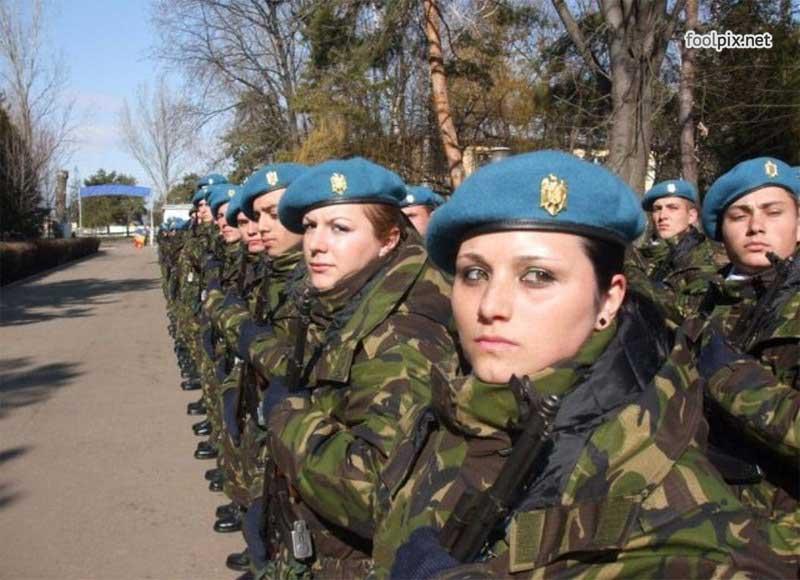 Девушки на службе в армии фото 62