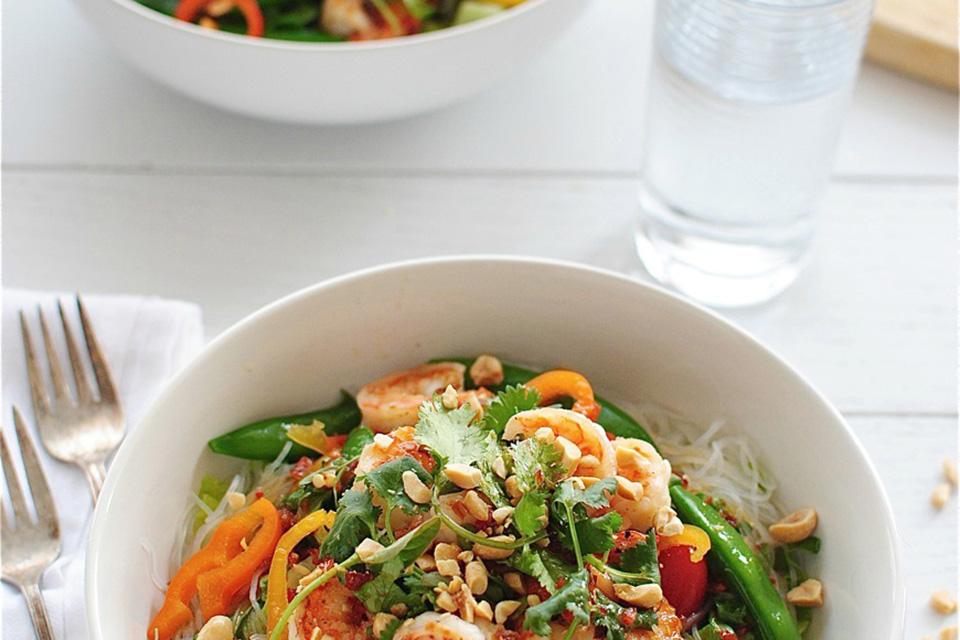 5 новогодних салатов, готовых составить конкуренцию «Оливье»