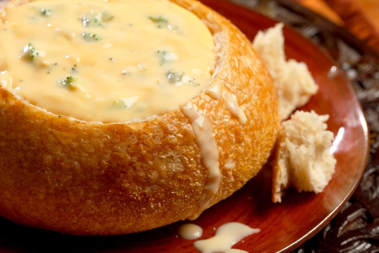 Вкуснейший суп из чеснока и сыра