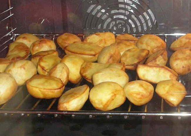 Как сделать картошку в духовке сочной