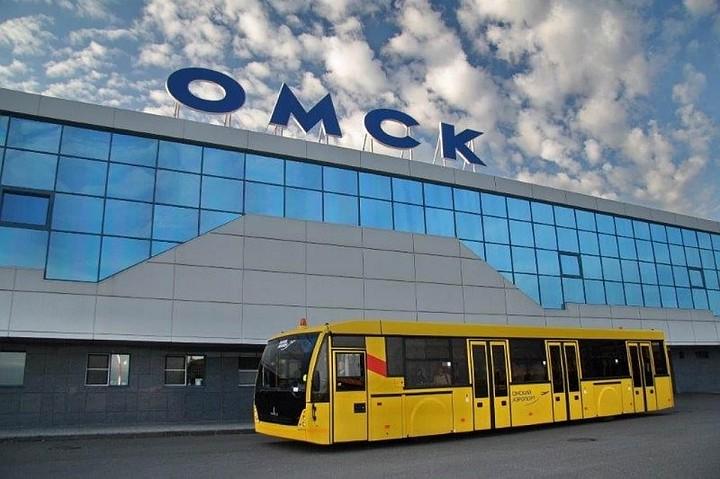 Аэропорт Омска не назовут в честь Егора Летова - фамилия рок-музыканта не попала в шорт-лист