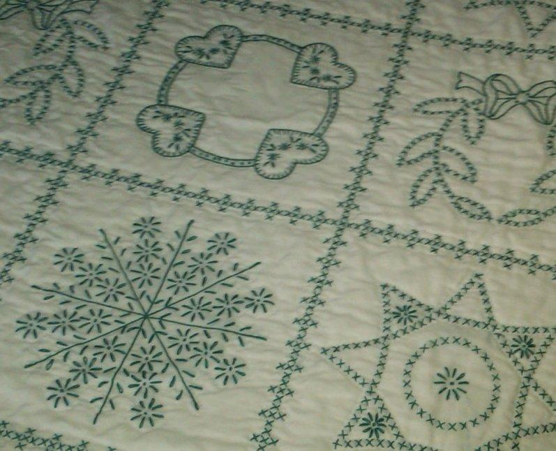 Очень интересная вышивка: элементарные стежки крестики, цепочки, обметки... А какая красота!