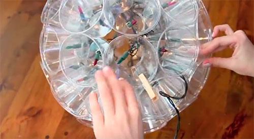 Светящийся шар из пластиковых стаканчиков - Поделки - Прочее - Каталог статей - УМЕЛЫЕ РУЧКИ - Поделки своими руками