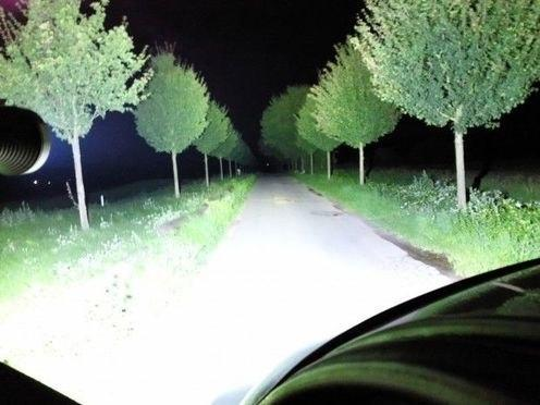 Энтузиаст из Германии создал самый мощный в мире светодиодный фонарь со световым потоком в 18000 люмен