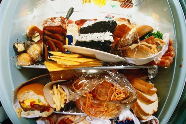 Самый вредный продукт на праздничном столе по мнению врачей