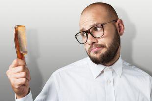 Выдергивание волос способствует их росту