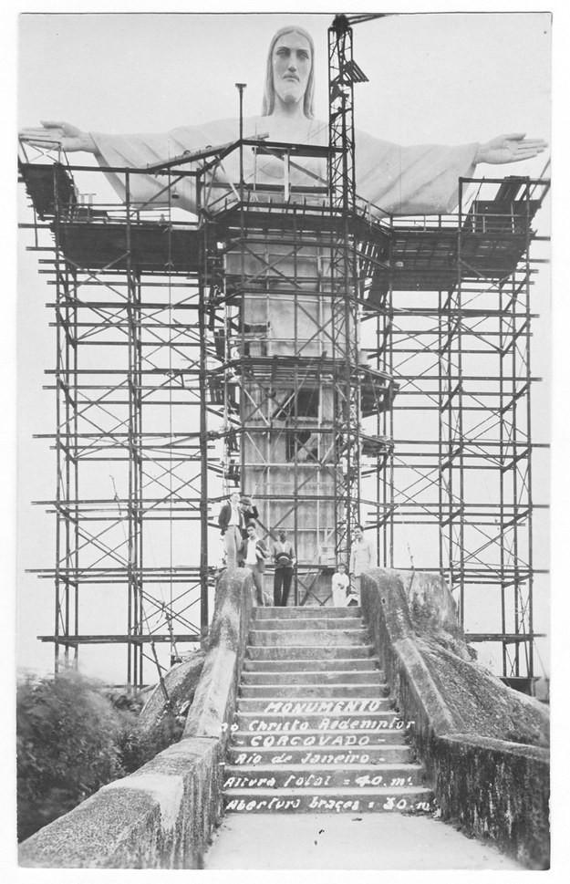 10. Статуя Христа-Искупителя, Рио-де-Жанейро, Бразилия, 1931 год достопримечательности, здания, старые фото, строительство
