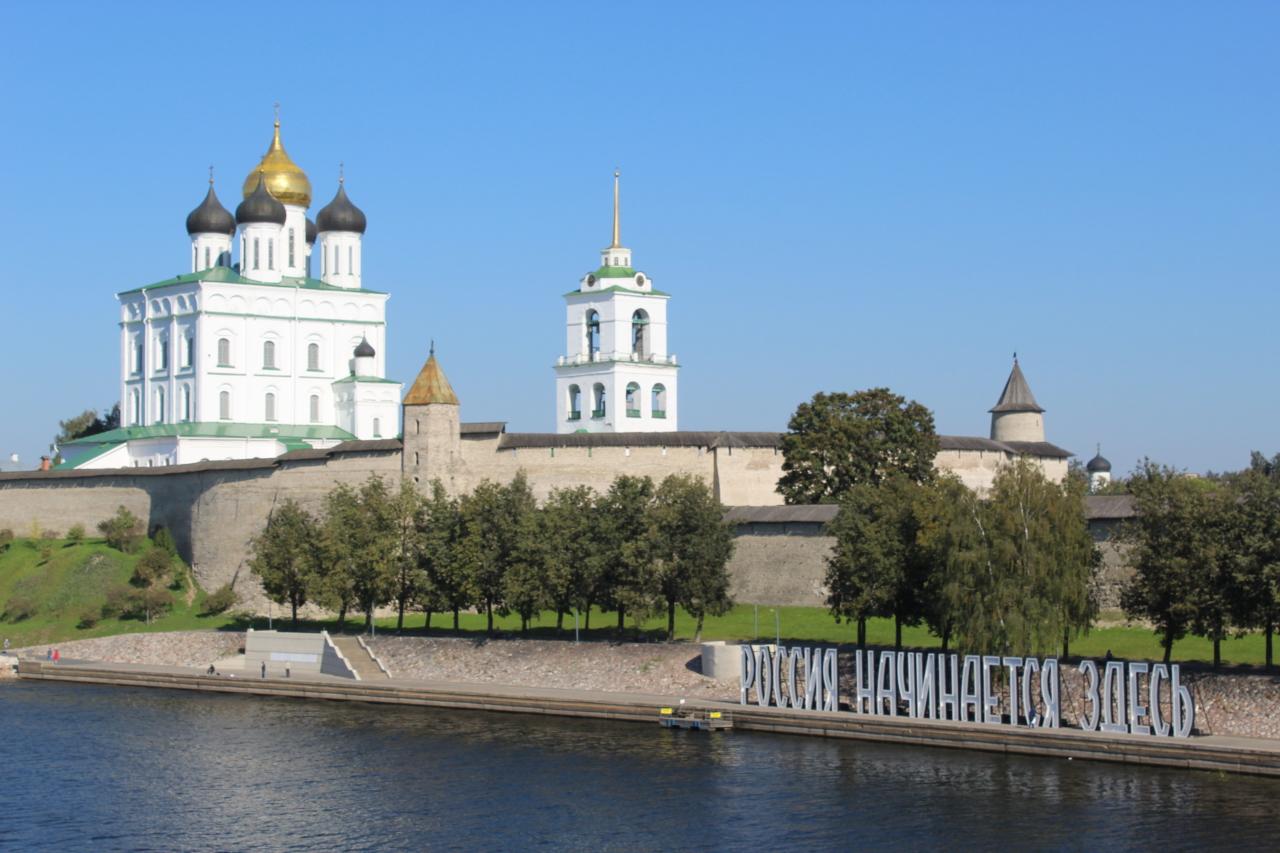 Псков - 1: Пешком по берегу Псковы