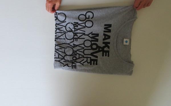 сложить футболку одним движением