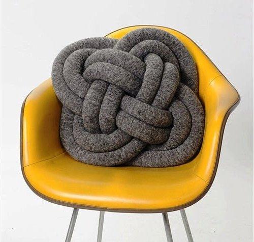 подушка-узел плоский