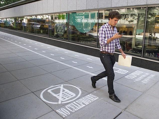Как обеспечить безопасность движения всем читателям и писателям SMS