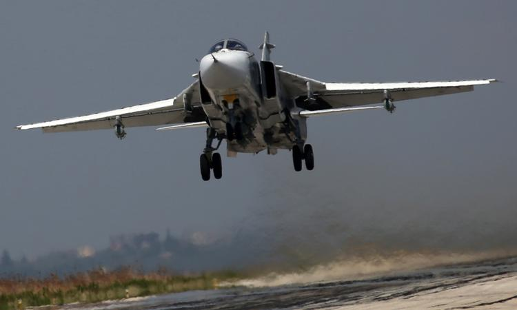 Самолеты РФ и США встретились в небе Сирии