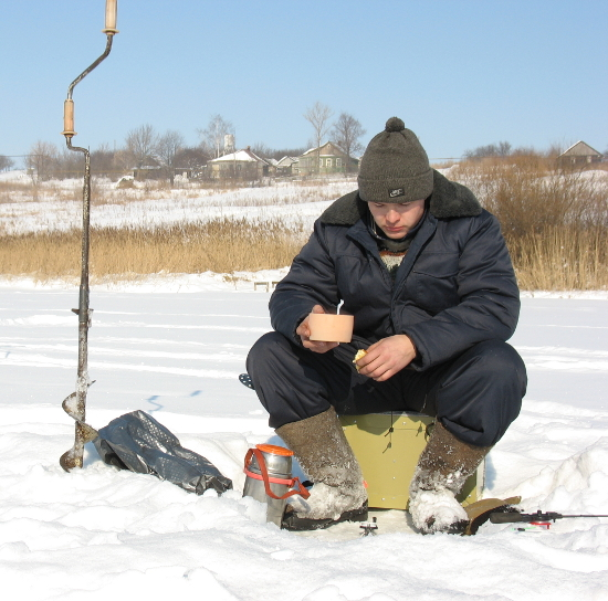 Питание на зимней рыбалке