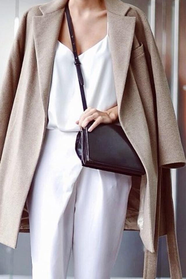 Как одеваться в стиле минимализм и выглядеть оригинально?