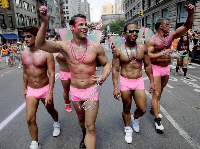 фото галерея геев