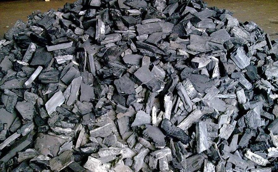 Как сделать древесный уголь в домашних условиях