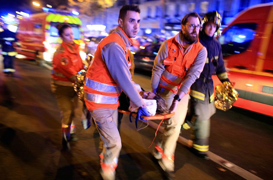 Чего ожидать после терактов в Париже: сценарий Stratfor