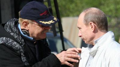 Михалков обсудит с Путиным свою идею авторского сбора