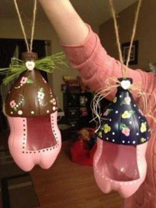 Оригинальные кормушки из бутылки своими руками