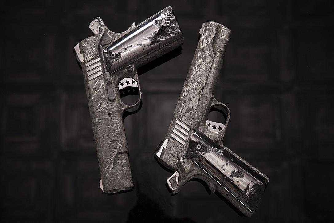 Пистолет из метеорита: 4,5 миллиона долларов за пушку