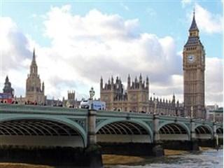 Британия собралась ввести санкции против госдолга России