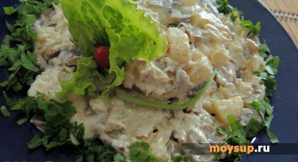 Салат с курицей и грибами слоями рецепт