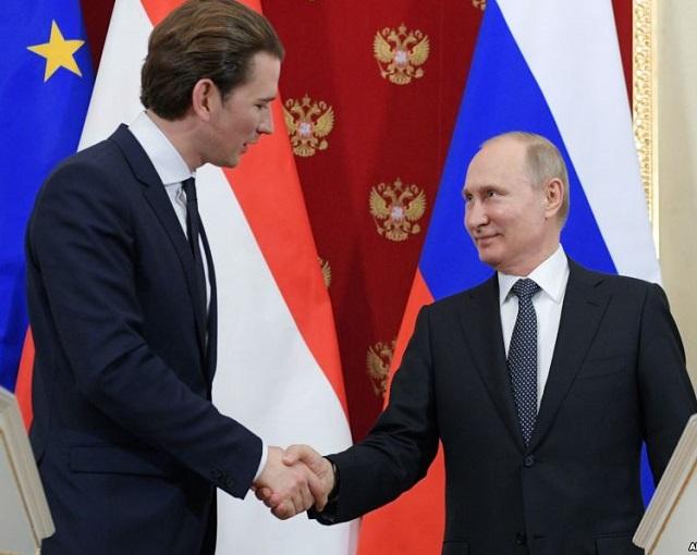 Москва предателям не платит:…