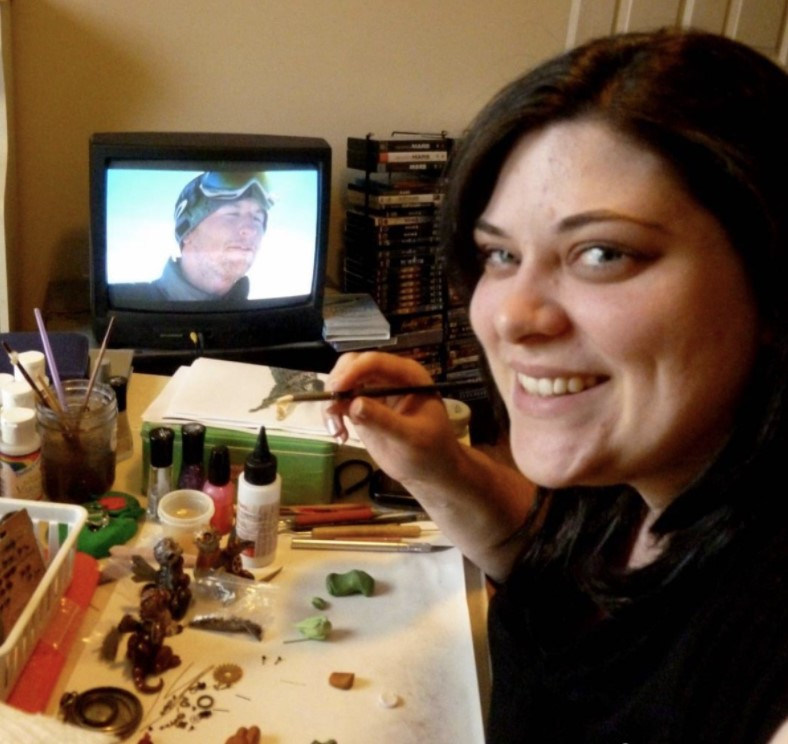 Мастерица оставила офисную работу ради создания мистических существ из полимерной глины