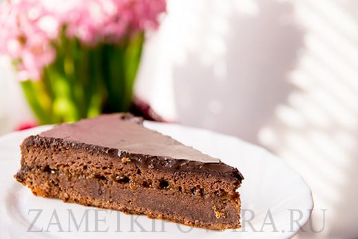 Шоколадный торт с апельсиновым джемом