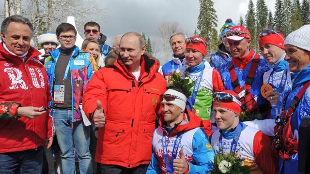 Зачем Путин отпустил спортсменов России под нейтральным флагом?