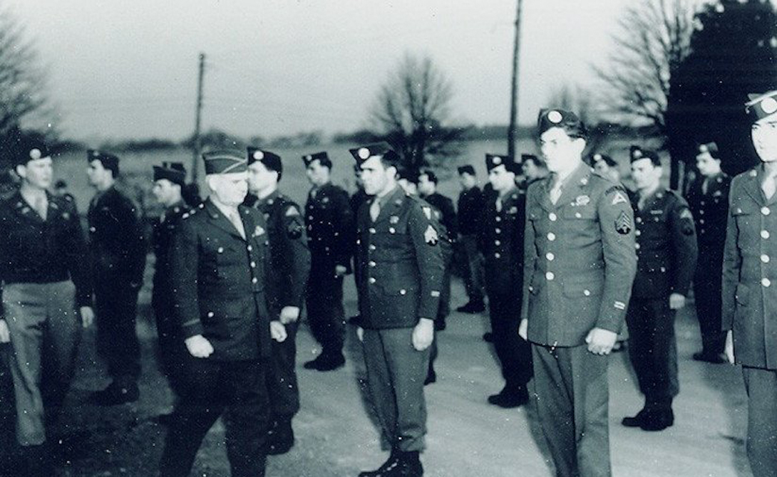 7781 войсковой Оперативный Отряд Команда «Зеленых беретов» отрабатывала территорию Берлина с с 1956 по 1984 год. Главной задачей было поддерживать антикоммунистические провокации. На случай захвата города «красными», бойцы оперативного отряда имели запасной план: организовать сопротивление и залить весь Берлин кровью противника.
