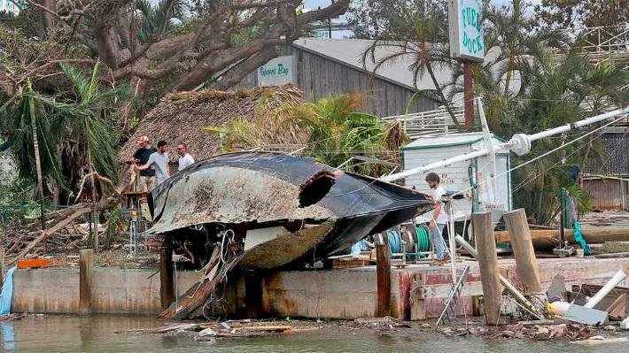 В США бушуют ураганы: Виновата Россия