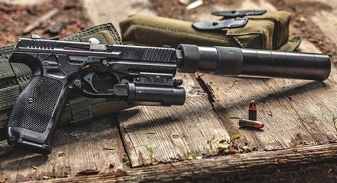 Американский спецназовец расхвалил новый российский пистолет